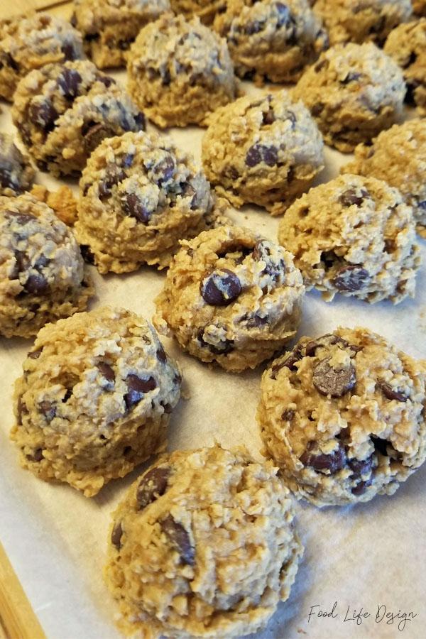 Chocolate Chip Oatmeal Breakfast Cookies - Food Life Design